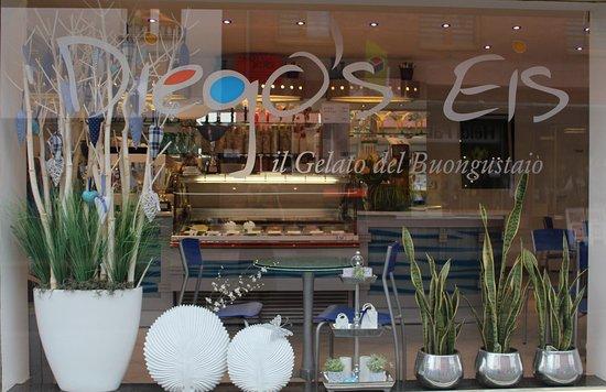 Erkelenz, Germany: Diego's Eis - Eisdiele Frontansicht