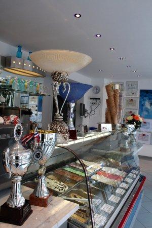 Erkelenz, Germany: Diego's Eis - Eistheke und Pokale