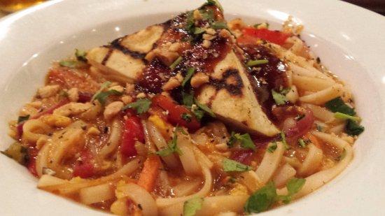 Kalamazoo, MI: Tofu Pad Thai