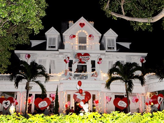 Amsterdam's Curry Mansion Inn: Decorated for our Annual Valentine's Day Gala benefit