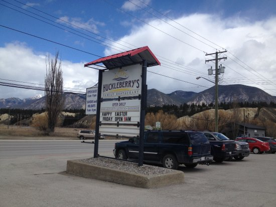 Invermere, Canada: Find the sign