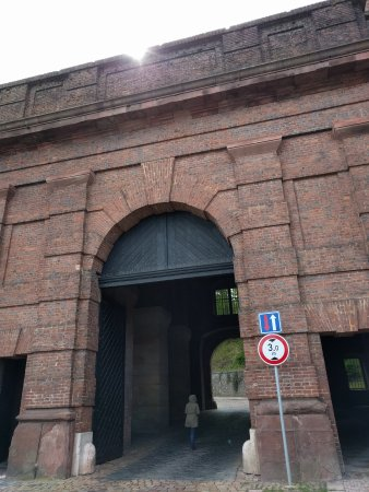 Národní Kulturní Památka Vyšehrad: IMG_20170420_124647_large.jpg