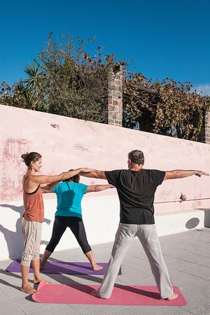 Santorini Yoga With Veronika: Private hatha yoga in Santorini