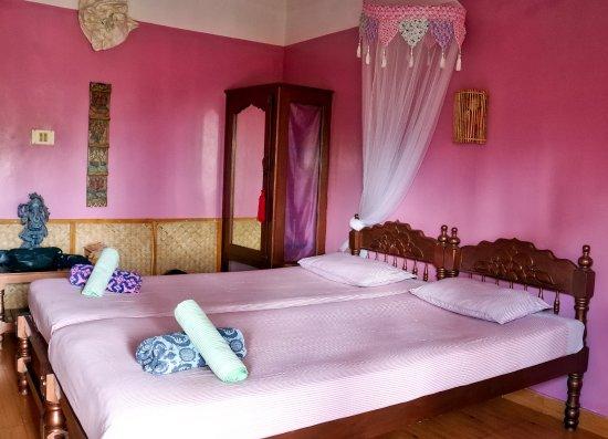 Good Karma Beach Resort: vores smukke værelse