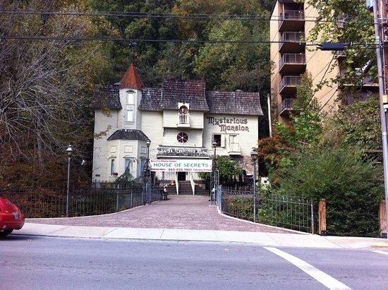 Mysterious Mansion, Gatlinburg, TN