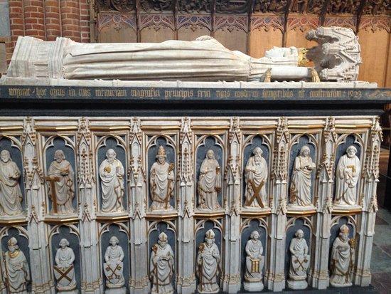 Roskilde Domkirke: Dronning Margrethe I's sarkofag