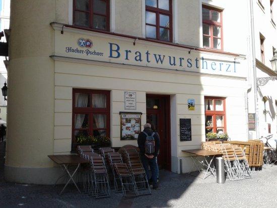 bratwurstherzl am viktualienmarkt munich restaurant reviews phone number photos tripadvisor. Black Bedroom Furniture Sets. Home Design Ideas