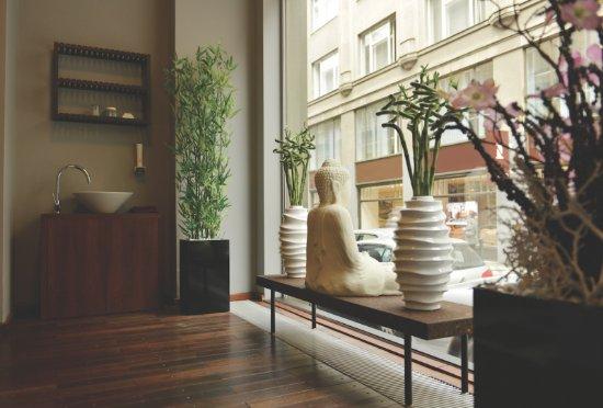 Thai massage area photo de the icon hotel lounge for Design hotel jewel prague tripadvisor