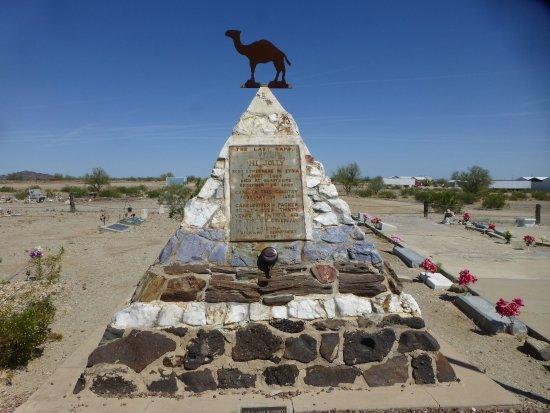 Quartzsite, AZ: Hi Jolly tomb