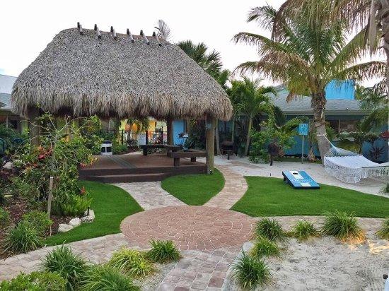 Siest Key Beach Side Villas