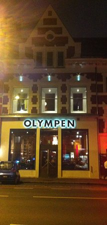 Olympen Mat & Vinhus AS: Voorgevel van Olympen