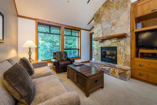 First Tracks Lodge Living Room