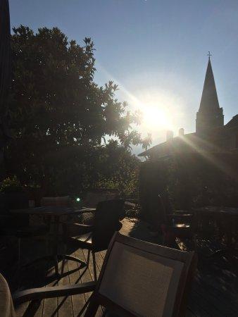 Bex, سويسرا: Beautiful hidden terrace