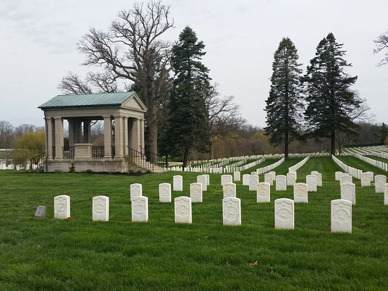 ‪Camp Butler National Cemetery‬