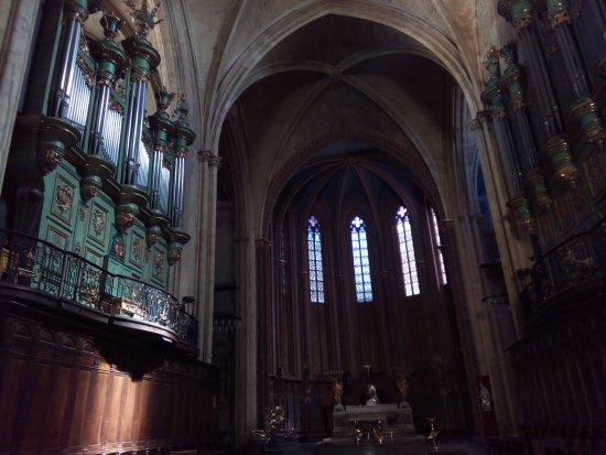 Cathedrale St. Sauveur: interno della Cattedrale