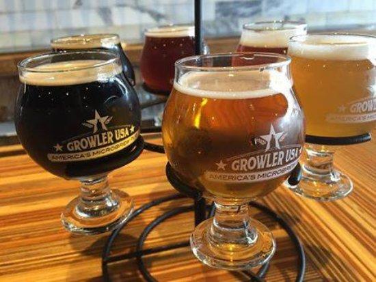 Rogers, Арканзас: Enjoy a Flight of 6 craft beers