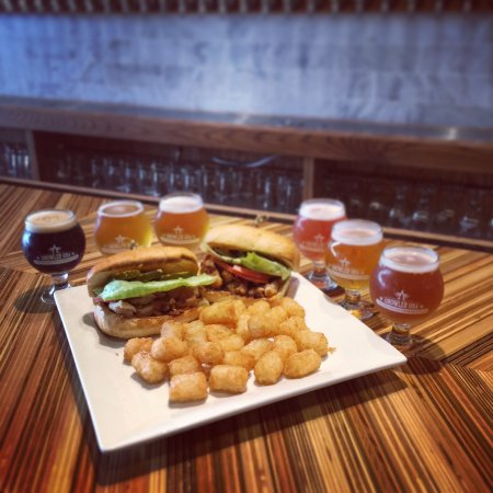 Rogers, AR: Great craft beer & Great Food!