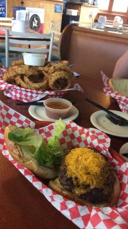 Alamo Springs Gen Store & Cafe: photo0.jpg