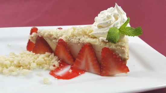 Middleburg Heights, OH: Strawberry Shortcake Cheesecake