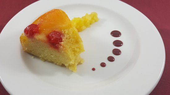 Middleburg Heights, Οχάιο: Pineapple Upside Down Cake