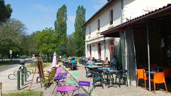 Lignan-De-Bordeaux, Frankrike: 3350_large.jpg