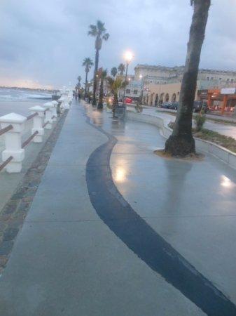 จังหวัดมัลโดนาโด, อุรุกวัย: entre la baranda antigua y el pavimento moderno para transitar y disfrutar
