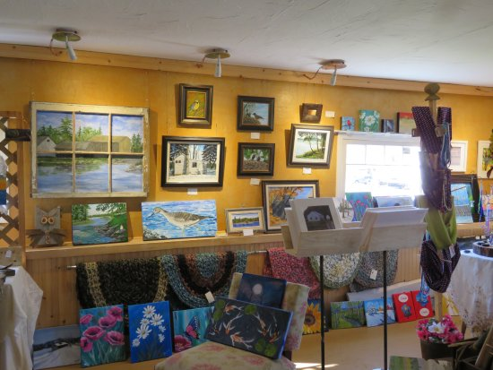 Lansdowne, Canadá: There is a interesting selection of hand created one-of-a-kind decor for you home and cottage.