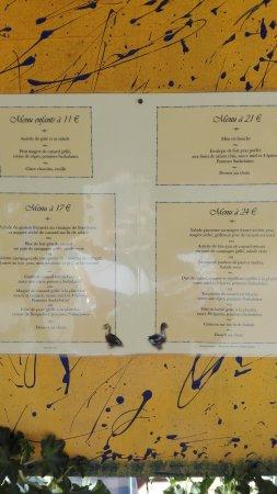 Marquay, Frankrike: Déjeuner en terrasse, avril 2017