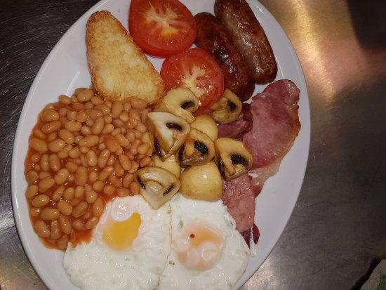 Guisborough, UK: All day breakfast served with toast