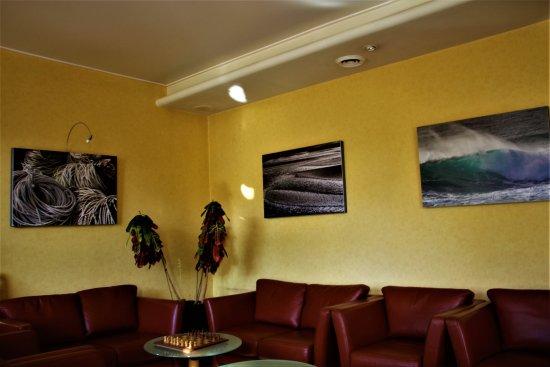 Saint-Thegonnec, France: salon