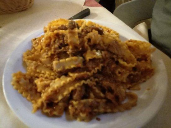 Palaia, Italy: Pappardelle al sugo di cinghiale