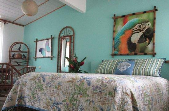 Punta Uva, Costa Rica: Jose's Queen Bed