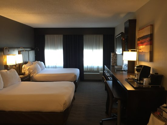Holiday Inn Express & Suites Boston - Cambridge: Zimmer