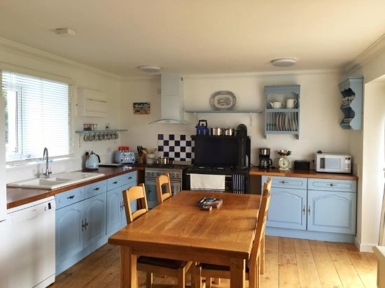 Staffin, UK: Great sized Kitchen