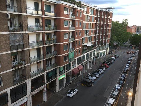 Hotel Europa Bologna Via Cesare Boldrini