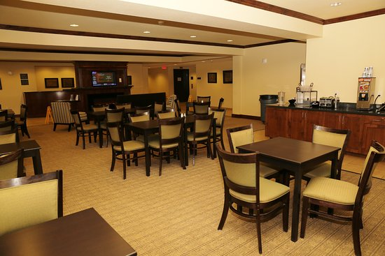 Stanley, ND: Lobby/Breakfast Area