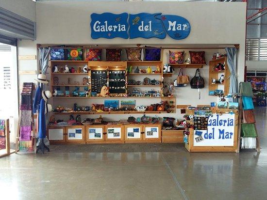 Baltra, Ecuador: Galeria del Mar les invita a nuestro prestigioso local ubicado en el Aeropuerto de la Isla de Ba