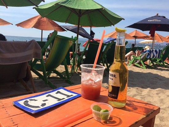 Ritmos Beach Cafe: photo1.jpg