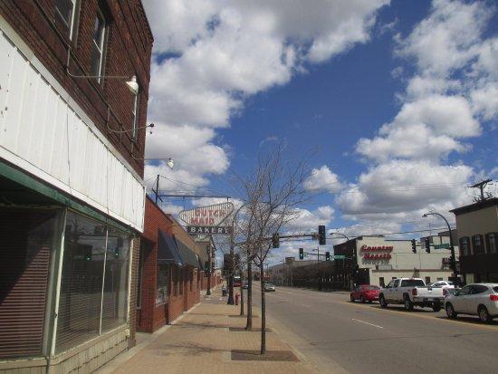 Saint Cloud, MN: Sign looking east