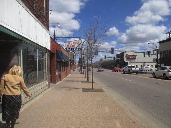 Saint Cloud, MN: No on street parking