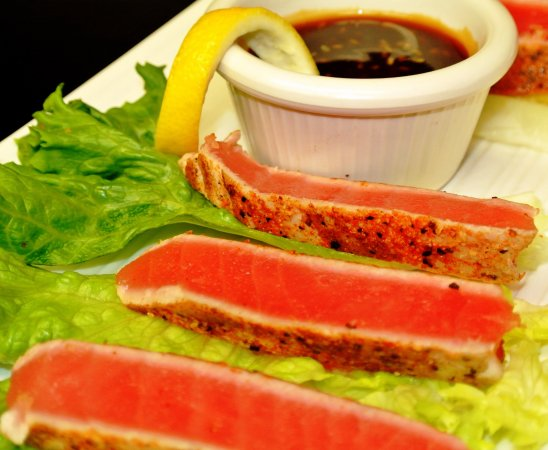 Elkhart, IN: Seared Yellowfin Tuna