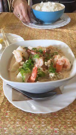 Russell, Nueva Zelanda: A special Tom Yum style soup with prawns, lemongrass, chilli and coconut milk. Delicious fresh f