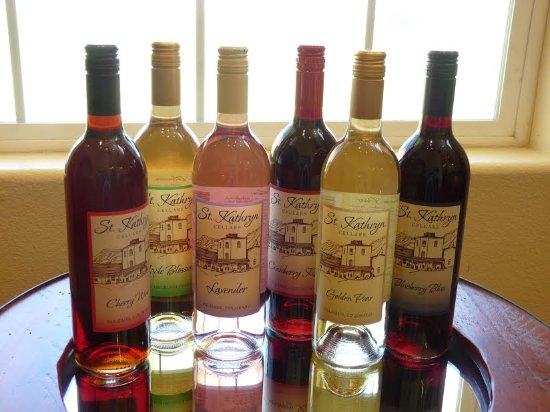 Palisade, Κολοράντο: St. Kathryn Cellars makes a full spectrum of fruit and botanical wines.