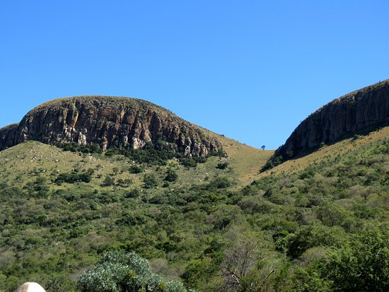 Hekpoort, Sudáfrica: The climb to the top of the mountain