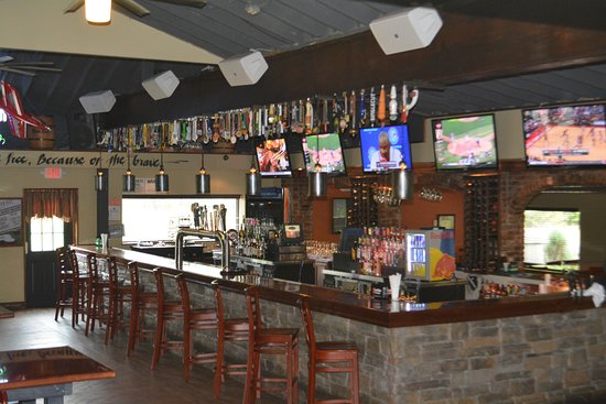 East Aurora, NY: Inside Bar