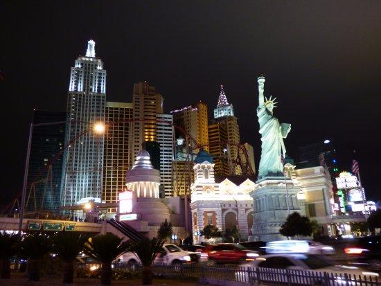 las-vegas-strip-new-york-new-york