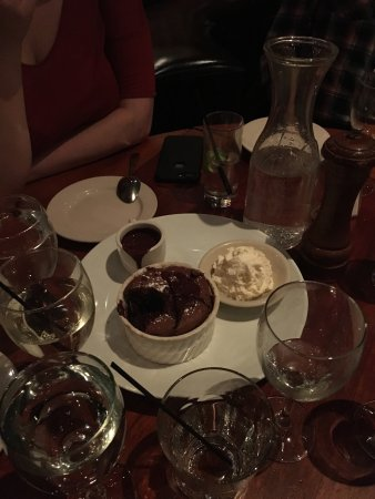 Knickerbocker Bar and Grill: photo5.jpg