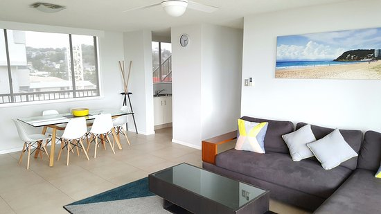 Burleigh Heads, Australia: 2 Bedroom Ocean View Apartment