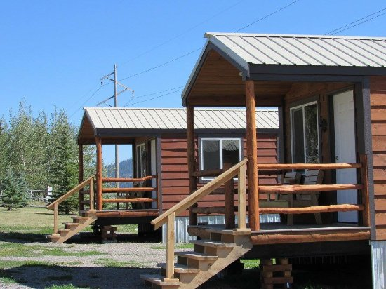 Island Park, ID: 4 Person Double Queen Cabins
