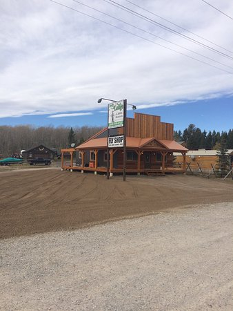Island Park, ID: Fly Shop & Office